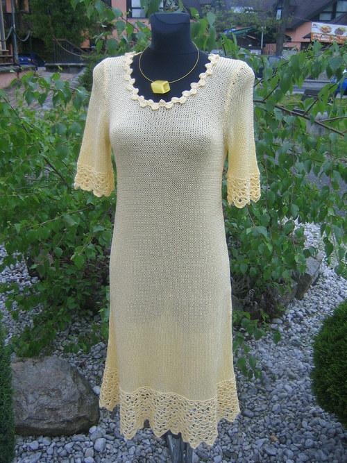 šaty s vůní vanilky