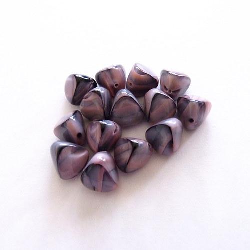 Černo-růžové trojúhelníky 14 ks