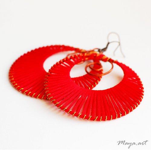 Vyplétané kruhy světle červené - bavlnka