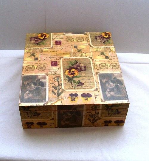 krabička (macešky,vintage)na čaj  9 přihrádek