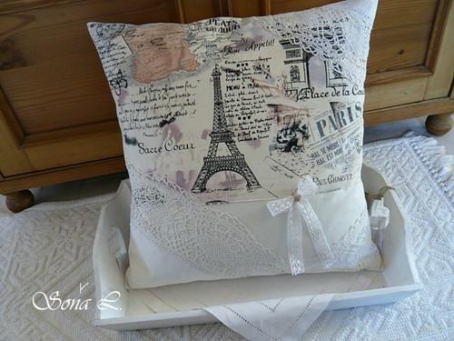 Povlak na polštářek krajkový ~ památka na Paříž