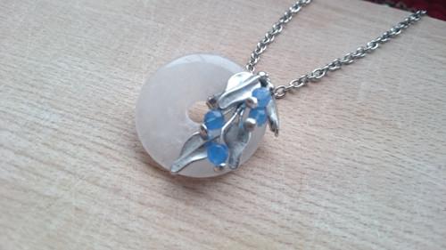 ...SARA...  náhrdelník