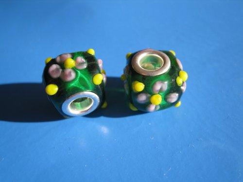Korálky 2ks - kostka s kytičkou