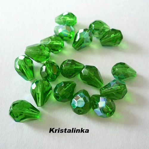 Broušené zelené kapky - 20ks