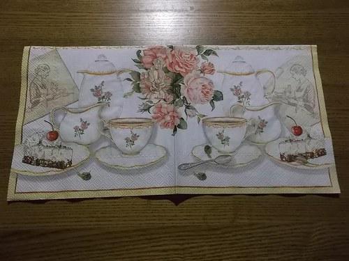 Ubrousek na decoupage - čajový servis nový