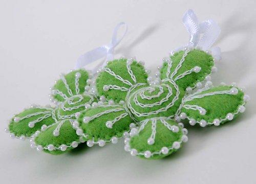 zelená kytička ...