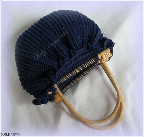 Háčkovaná kabelička