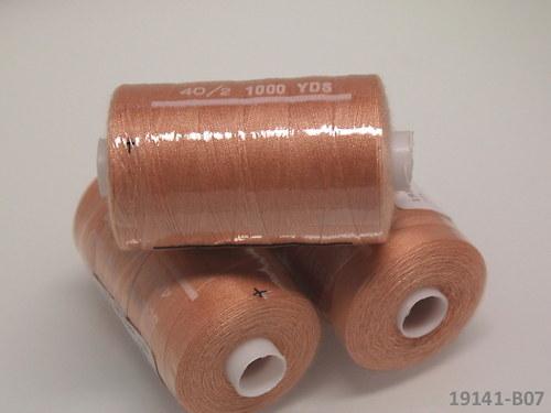 19141-B07 Nitě polyesterové 40/2 1000y MERUŇKA