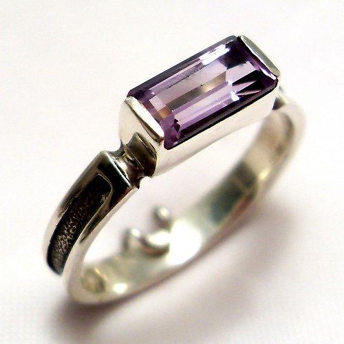 Prsten «Rámeček» - stříbro 925, přírodní ametyst