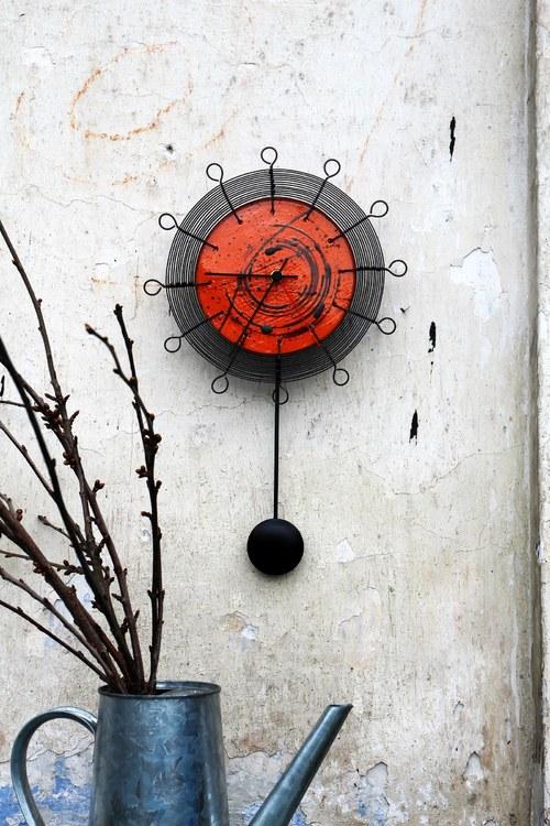 Zaostřeno na čas... kyvadlové drátované hodiny