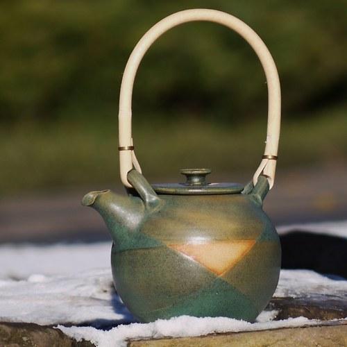 Čajová konvička Brouček s ratanem - Boží oko