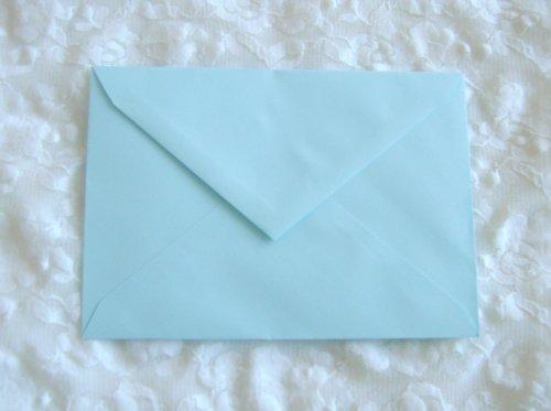 Obálky světle modré