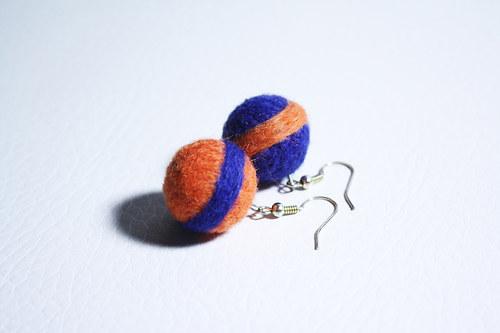 oranžovo-modré plstěnky