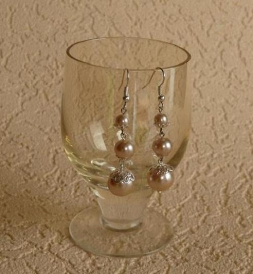 náušnice  perlové s kaplíky