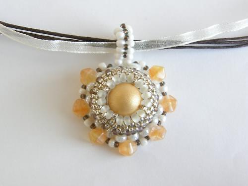 Originální náhrdelník šitý BH-010