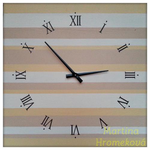 Velké dřevěné hodiny - proužkované pískové