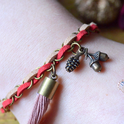 """Leather bangle - \""""lesní\"""" náramek v boho stylu"""
