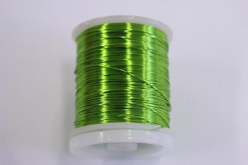 Měděný drátek 0,5mm - pistácie, návin 19-21m
