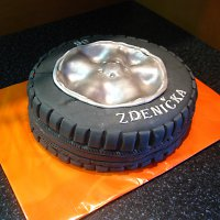 Uživatelé kterým se líbí zboží dort pneumatika