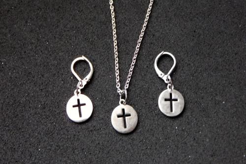 Náramek - Nerezový s křížkem.... ♥