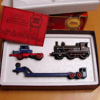 Matchbox Yesteryear YS16 Scammell with Locomotive