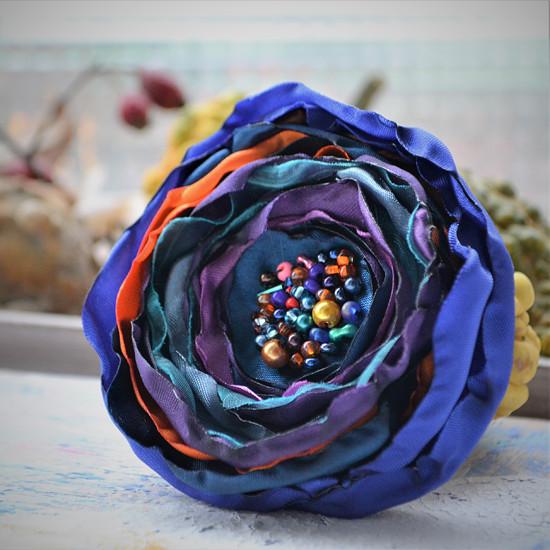 Květinová brož Gabriela
