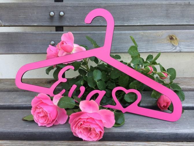 ramínko Eva se srdcem růžové