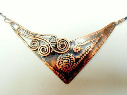 Měděný náhrdelník
