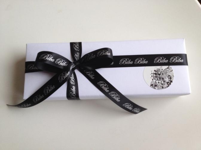 I krásné balení přispívá k celkové dokonalosti krásného dárku...