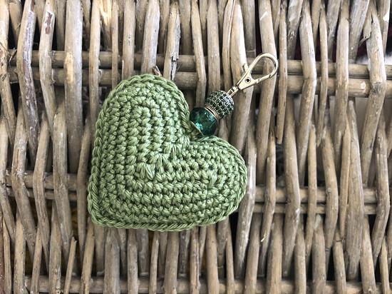 Háčkované srdíčko na klíče nebo kabelku